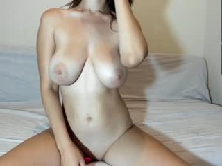 live sex chat webcam with doyoulovemyboobs. 780 users enjoy live cum show