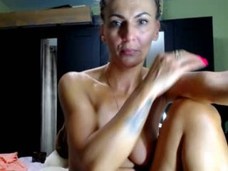 live sex chat room online with cinnamon_lioness. 979 users enjoy live cum show